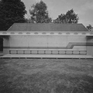 In samenwerking met Aracelly Scheper; een serie pinholefoto's van een historische kermis. tentoonstelling in Tape, Arnhem 2018
